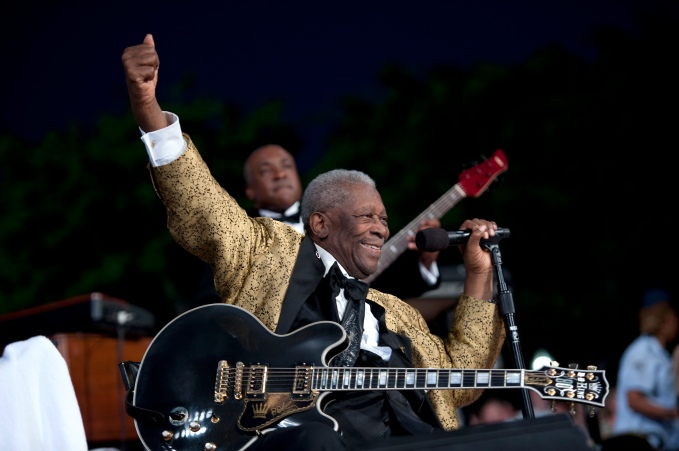 Blues legend B.B. King performs at the 2011 National Memorial Day Concert at the U.S. Capitol in Washington, D.C., May 29, 2011.